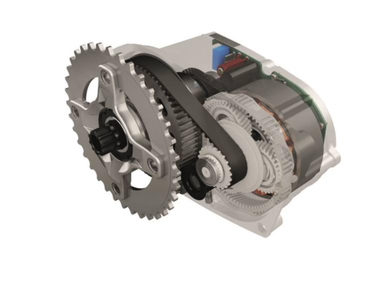 Der Brose e-Bike-Antrieb basiert auf einem Lenkungsmotor aus der Autoindustrie, er ist sehr klein und kann in variablen Winkeln in den Pedelec-Rahmen eingebaut werden.
