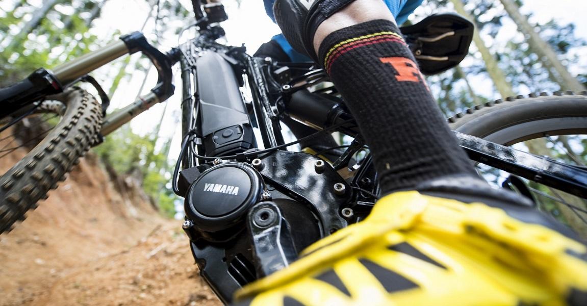Yamaha e-Bike Antriebe für Pedelecs und Elektrofährräder aus den Serien PW, PW-X und SyncDrive Pro für Fahrten in der Stadt, im Gelände und Offroad-Touren.