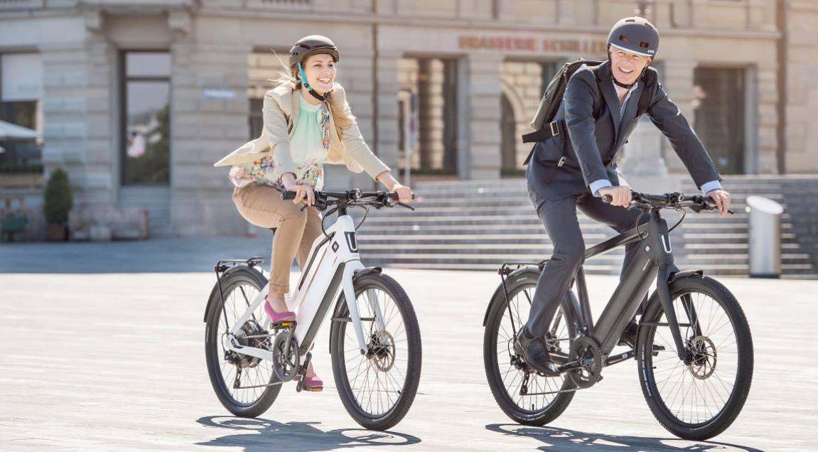Auf welchen e-Bike das Tragen eines helms pflicht ist und welche Helme für das Fahren mit einem e-Bike, Pedelec oder S-Pedelec geeignet sind, wird im e-motion e-Bike Basiswissen erklärt.