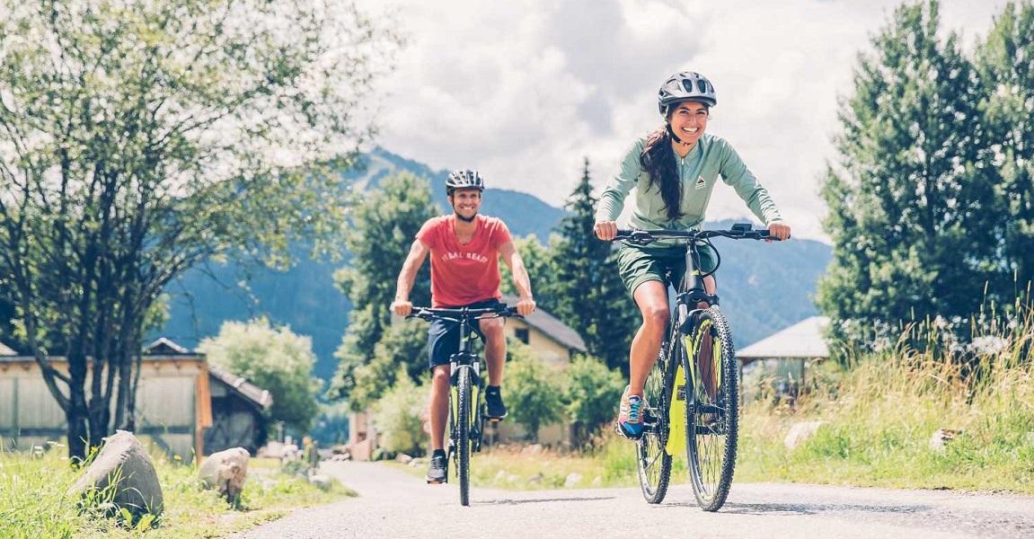 e bike vorteile e bike fahren ist sinnvoll und macht spass. Black Bedroom Furniture Sets. Home Design Ideas