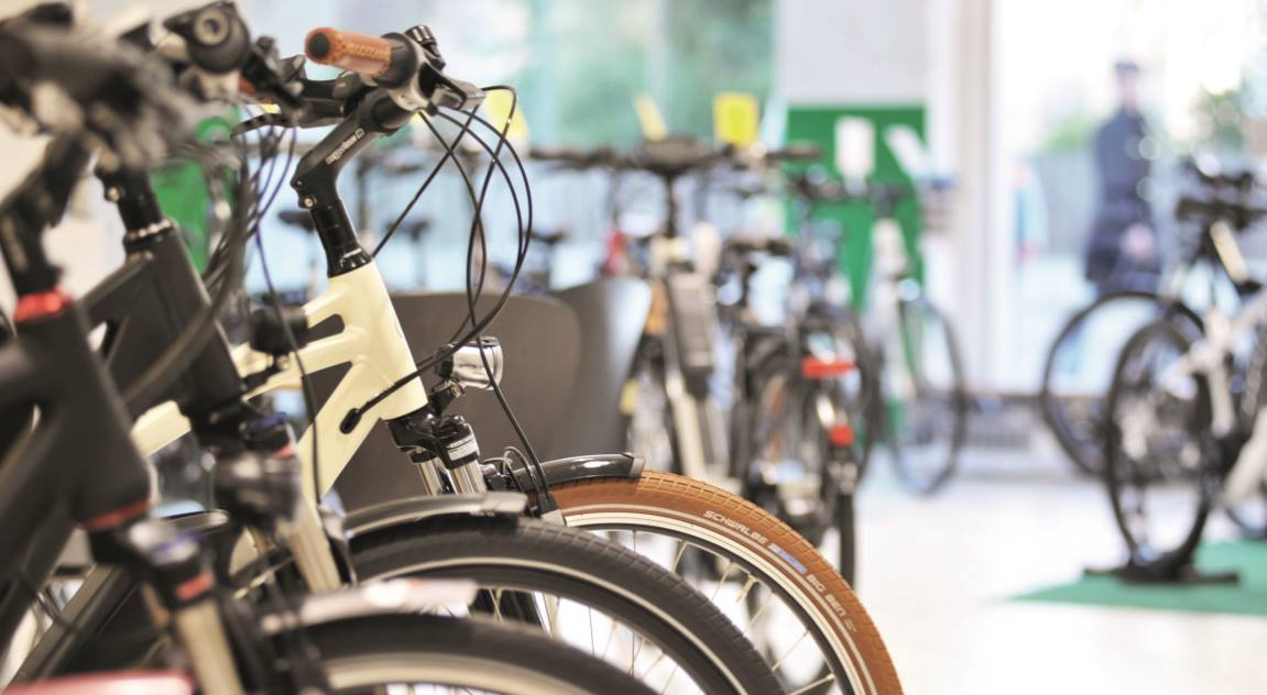 was ist der unterschied zwischen e bike und pedelec. Black Bedroom Furniture Sets. Home Design Ideas