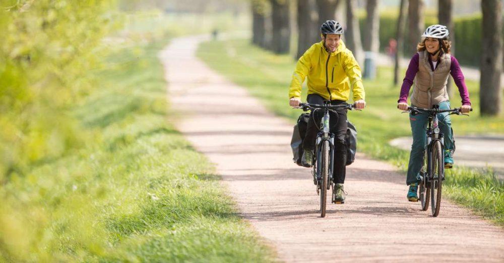Das Cannondale Trekking e-Bike mit Shimano Steps Antrieb und hydraulischer Felgenbremse ist ein zuverlässiger Begleiter in der Stadt und längere Pedelec-Ausflüge in der Natur.