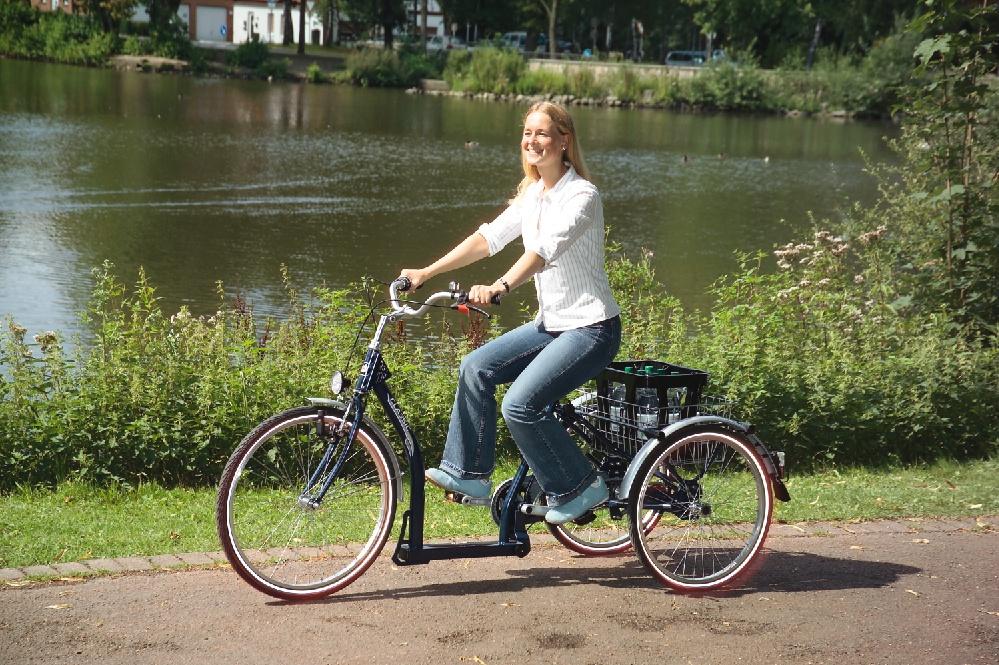 Das Classic von Pfau Tec ist ein Dreirad für Erwachsene, das sich durch seine große Ladefläche und den extrem tiefen Einstieg auszeichnet.