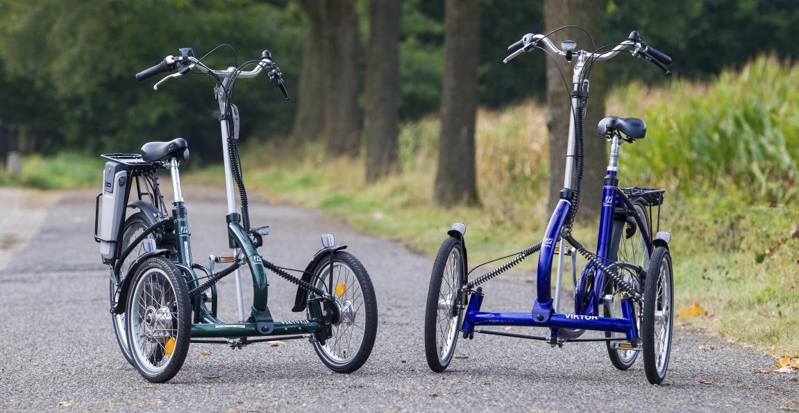 Frontdreiräder sind Dreiräder für Erwachsene mit einem Rad hinten und zwei Rädern vorne, wodurch das Durchfahren von engen Stellen noch einfacher wird.