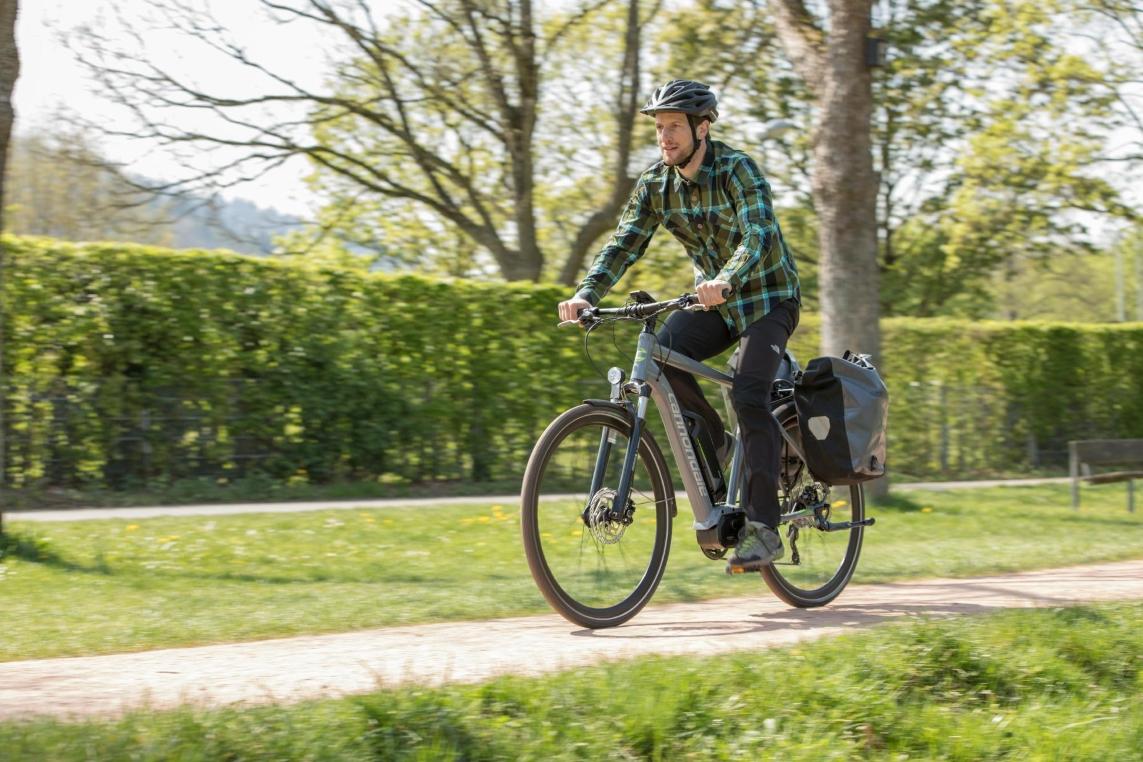 Trekking e-Bikes eignen sich nicht nur für lange Radtouren, sie sind auch in der Stadt der ideale Begleiter.