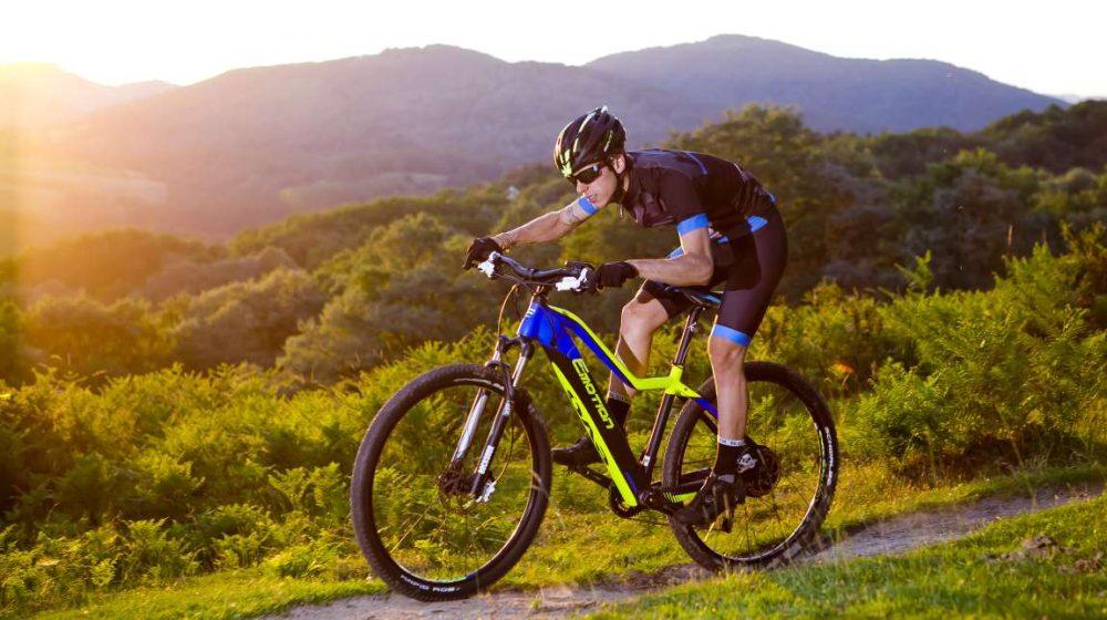 Ein Lifestyle e-Bike für Crossfahrten, das ist das Pedelec BH Evo