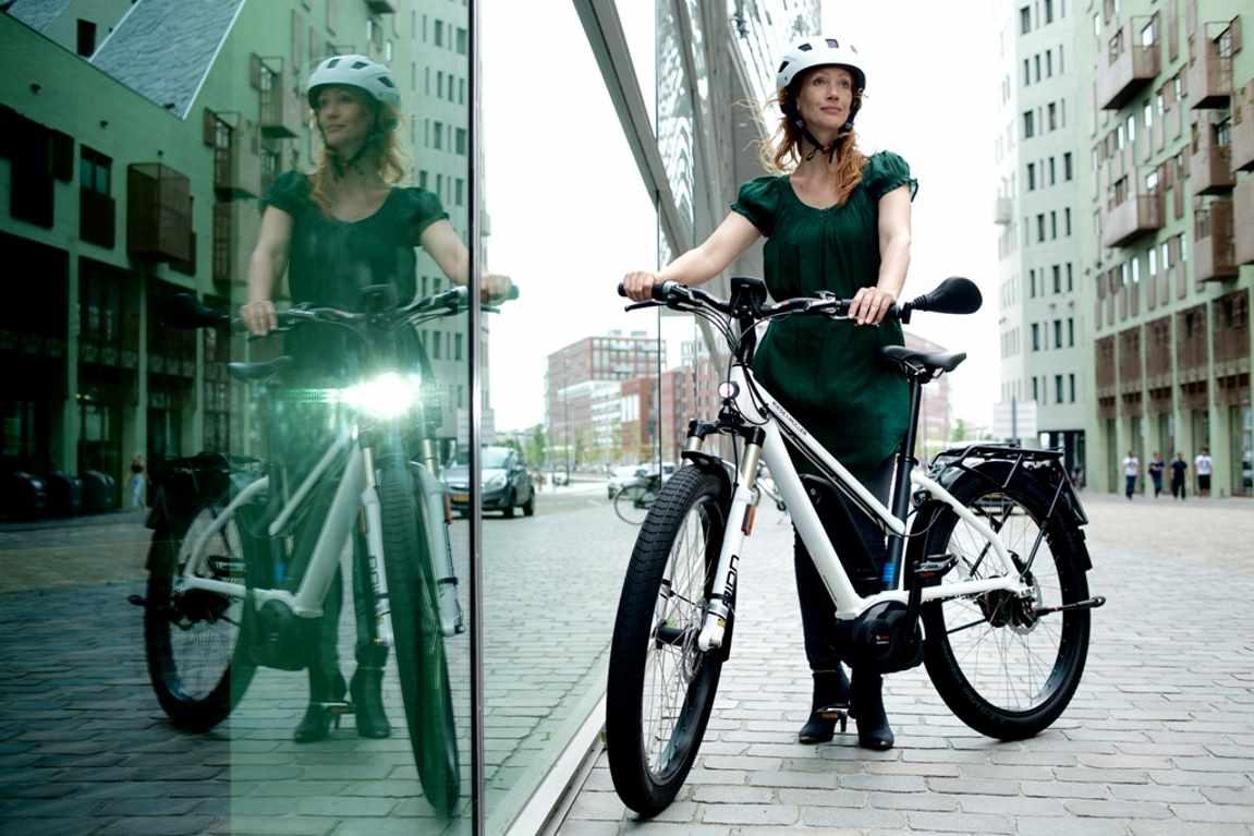licht am e bike hochwertige front und r ckbeleuchtung. Black Bedroom Furniture Sets. Home Design Ideas