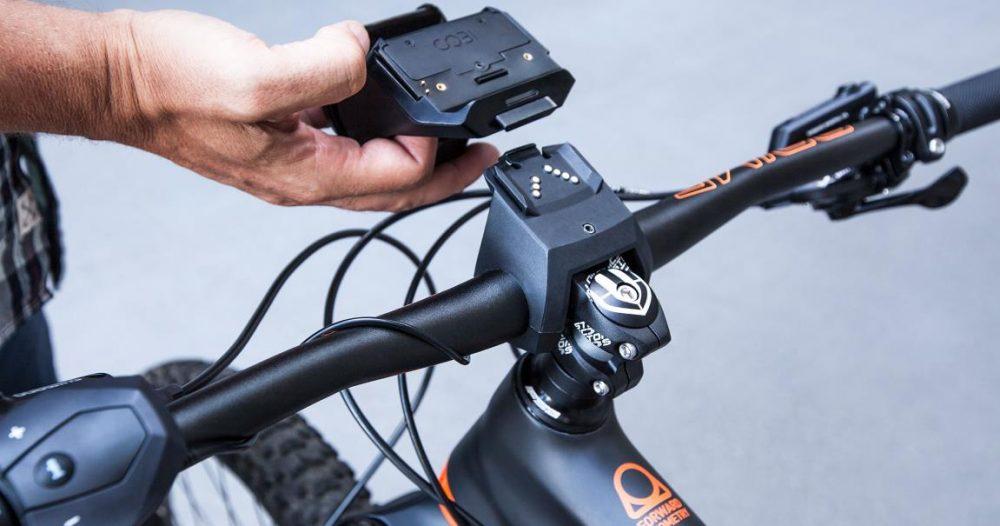 Das COBI.Bike System wird anstelle des Bosch e-Bike Displays montiert